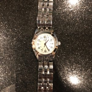 Swiss Army stainless steel ladies watch 27 MM